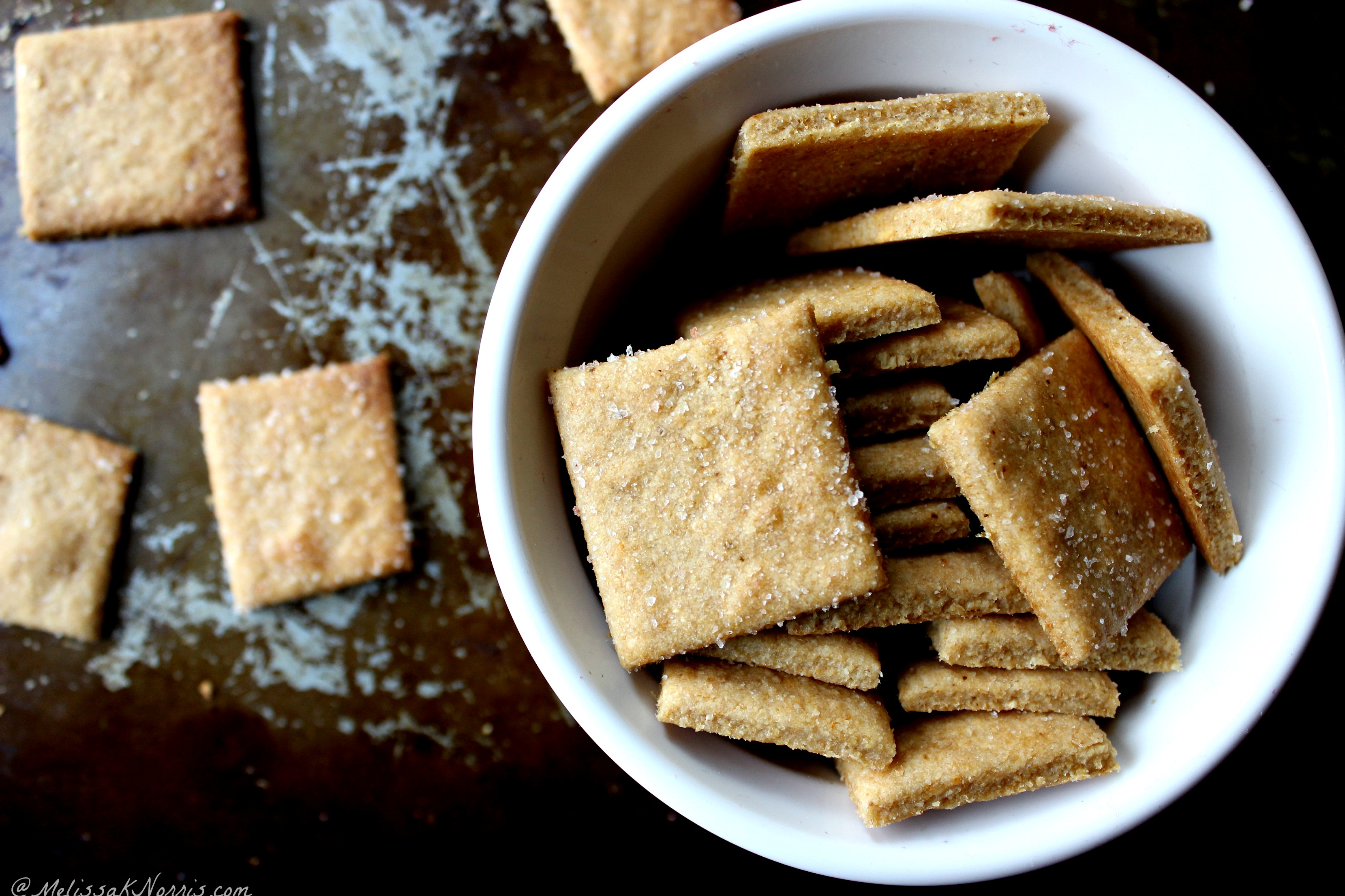 How to make homemade crackers in 5 minutes trying to cut back on groceries and processed foods these homemade crackers whip up in solutioingenieria Images
