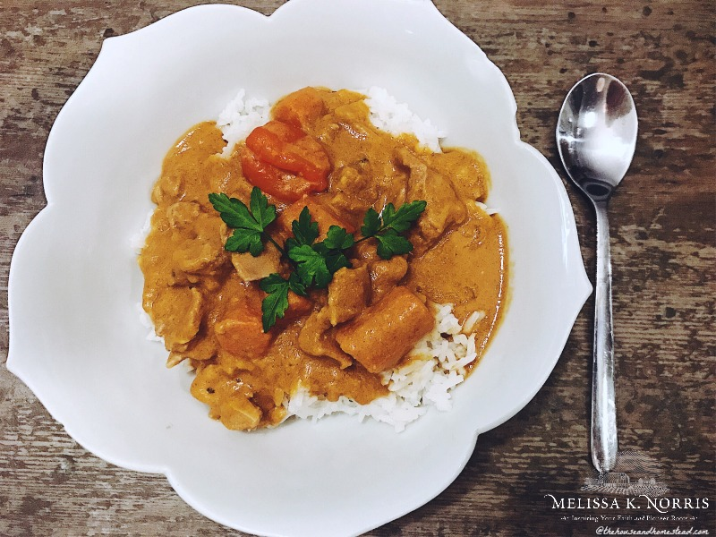 Mafé: Traditional West African Peanut Sauce & Rice