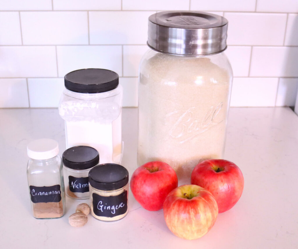 Ingredients needed to make apple pie filling.